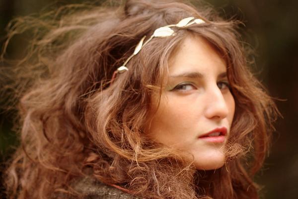 Classic Wreath Wire Headband